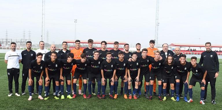 Los seleccionadores han convocado a 25 futbolistas para esta cita en la que  disputarán un partido de preparación ante ... 25553b923c7