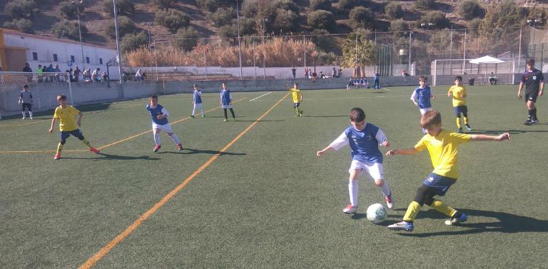 La fase final de los Mundialitos de Escuelas de Fútbol CEDIFA será en  Arahal Será del 5 al 7 de abril. Ya están clasificados doce Escuelas de  Fútbol y este ... 2acdbcf0a747c